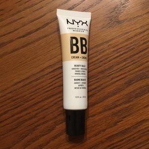 NYX BB Cream Natural 02